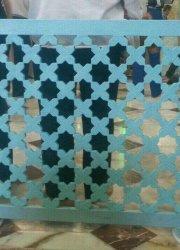 نرده فلزی سیار در حرم حضرت معصومه (س) گره سازی شده به سبک آجرکاری سنتی