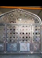 در مسجد احرار تهران
