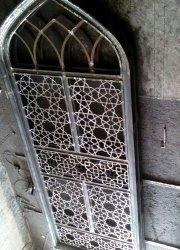 پنجره با ارتفاع بلند و چهارچوب ازکف پهن گره سازی شده اهواز