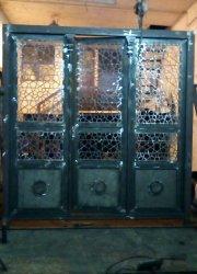 درب سه لنگه بازشو بدون قوس گره سازی شده با چهارپهلوی ۱۲میلیمتری برای اهواز